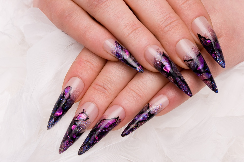unhas decoraras stiletto